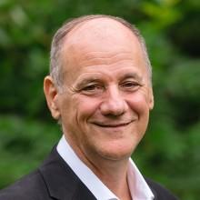 Dr. Denis Garceau